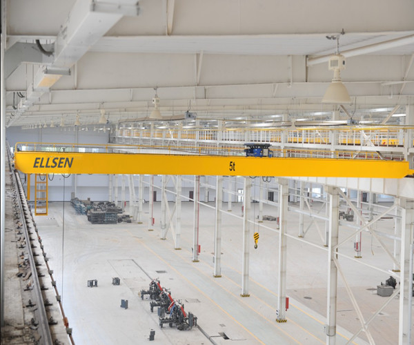 NLH European type high standard double girder overhead crane for sale