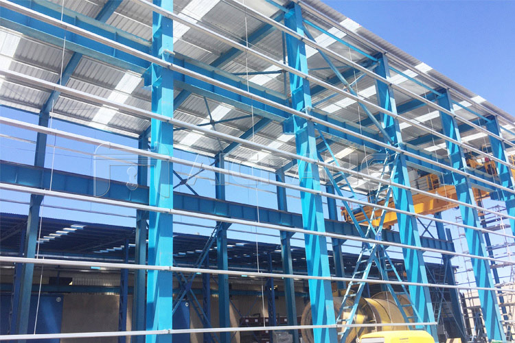 Steel Structure Workshop With Overhead Crane