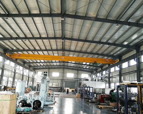 5 Ton Overhead Crane in Workshop
